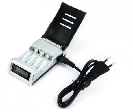 Зарядно за батерии  2